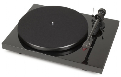 Pro-Ject Debut Carbon (DC)/2M red   - 17418